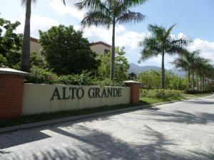 Apartamento En Venta En Guatire, Alto Grande, Venezuela, VE RAH: 17-5726