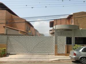 Townhouse En Venta En Municipio Naguanagua, Maã±Ongo, Venezuela, VE RAH: 17-5371