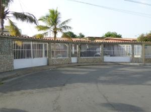 Casa En Venta En Barcelona, Tricentenaria, Venezuela, VE RAH: 17-5391