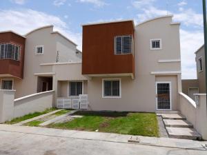 Casa En Venta En Barquisimeto, Ciudad Roca, Venezuela, VE RAH: 17-5424