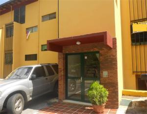 Townhouse En Venta En Caracas, La Boyera, Venezuela, VE RAH: 17-5432