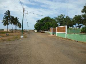 Terreno En Venta En Municipio San Francisco, Zona Industrial, Venezuela, VE RAH: 17-5469