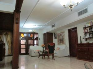 Casa En Venta En Maracaibo, Las Lomas, Venezuela, VE RAH: 17-5482