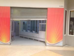 Local Comercial En Alquiler En Punto Fijo, El Cardon, Venezuela, VE RAH: 17-5485