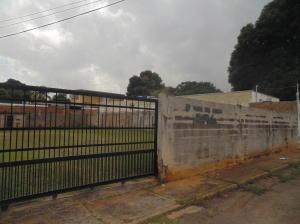Terreno En Venta En Ciudad Bolivar, Andres Eloy Blanco, Venezuela, VE RAH: 17-5493