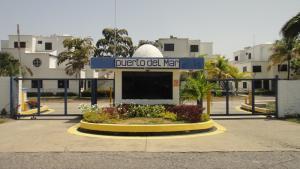 Apartamento En Venta En Rio Chico, Tacarigua La Laguna, Venezuela, VE RAH: 17-5525