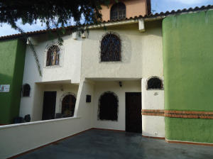 Casa En Venta En Barquisimeto, La Rosaleda, Venezuela, VE RAH: 17-5554
