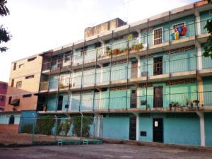 Apartamento En Venta En La Victoria, Las Mercedes, Venezuela, VE RAH: 17-5622
