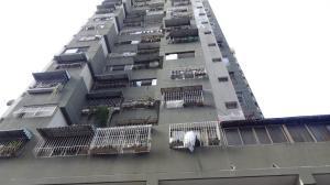 Apartamento En Venta En Caracas, Parroquia La Candelaria, Venezuela, VE RAH: 17-5564