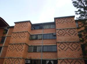 Apartamento En Venta En Guarenas, Nueva Casarapa, Venezuela, VE RAH: 17-5569