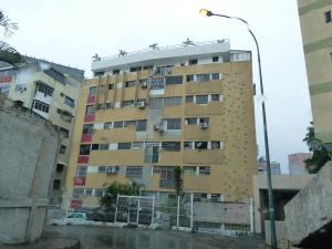 Apartamento En Venta En Caracas, Colinas De Bello Monte, Venezuela, VE RAH: 17-5601