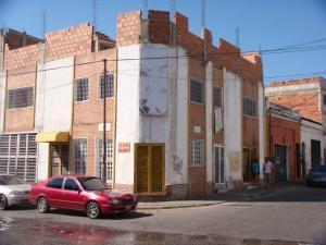 Galpon - Deposito En Venta En Caracas, Prado De Maria, Venezuela, VE RAH: 17-5599