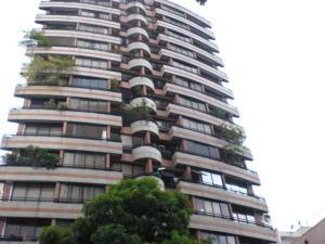 Apartamento En Venta En Caracas, El Bosque, Venezuela, VE RAH: 17-5612