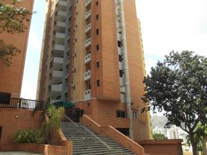 Apartamento En Venta En Valencia, El Bosque, Venezuela, VE RAH: 17-5636