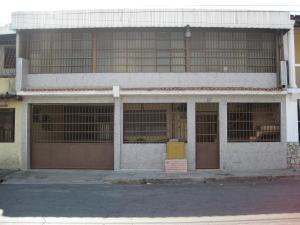 Casa En Venta En Maracay, San Jose, Venezuela, VE RAH: 17-5642