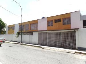 Apartamento En Venta En Caracas, Los Palos Grandes, Venezuela, VE RAH: 17-5778