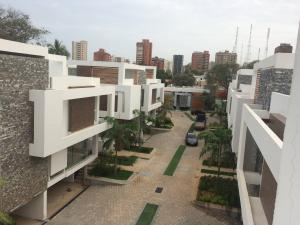 Townhouse En Venta En Maracaibo, Virginia, Venezuela, VE RAH: 17-5930