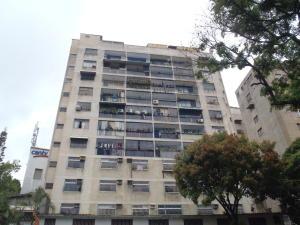 Apartamento En Venta En Caracas, Los Rosales, Venezuela, VE RAH: 17-5687