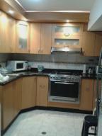 Apartamento En Venta En San Antonio De Los Altos, Parque El Retiro, Venezuela, VE RAH: 17-6047