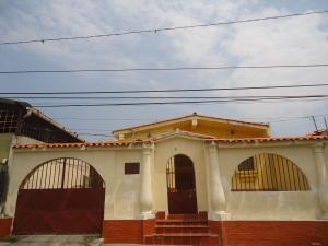 Casa En Venta En Barquisimeto, Parroquia Catedral, Venezuela, VE RAH: 17-5694