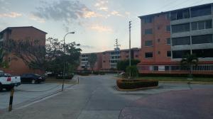 Apartamento En Venta En Guarenas, Terrazas Del Este, Venezuela, VE RAH: 17-5717