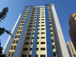 Apartamento En Venta En Valencia, La Trigaleña, Venezuela, VE RAH: 17-5718