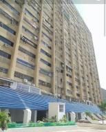 Apartamento En Venta En La Guaira, Macuto, Venezuela, VE RAH: 17-5723