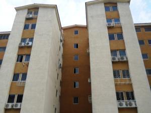 Apartamento En Venta En Municipio San Diego, Monteserino, Venezuela, VE RAH: 17-5725