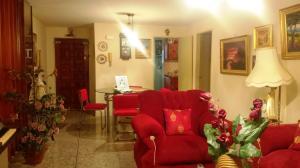 Apartamento En Venta En Maracaibo, La Florida, Venezuela, VE RAH: 17-5733