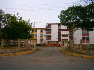 Apartamento En Venta En Guacara, Ciudad Alianza, Venezuela, VE RAH: 17-5738
