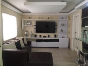Casa En Venta En Maracaibo, Doral Norte, Venezuela, VE RAH: 17-5740