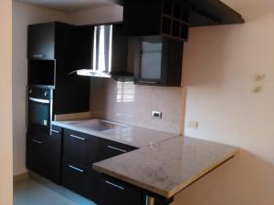 Apartamento En Venta En Municipio San Francisco, Kilometro 4, Venezuela, VE RAH: 17-5746