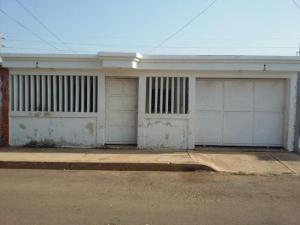 Casa En Venta En Municipio San Francisco, El Soler, Venezuela, VE RAH: 17-5747