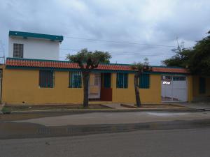 Casa En Venta En Maracaibo, San Rafael, Venezuela, VE RAH: 17-5761