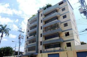 Apartamento En Venta En Maracay, La Romana, Venezuela, VE RAH: 17-5850