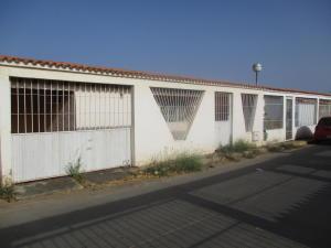 Casa En Venta En Margarita, San Juan, Venezuela, VE RAH: 17-5814