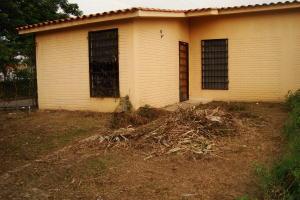 Casa En Venta En San Joaquin, La Pradera, Venezuela, VE RAH: 17-5844