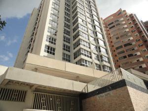 Apartamento En Venta En Valencia, El Parral, Venezuela, VE RAH: 17-5886
