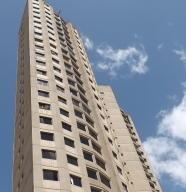 Apartamento En Venta En Caracas, Santa Fe Sur, Venezuela, VE RAH: 17-5854