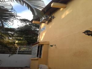 Casa En Venta En Caracas - El Placer Código FLEX: 17-5861 No.2