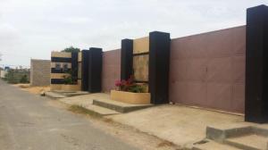 Casa En Venta En Punto Fijo, Los Taques, Venezuela, VE RAH: 17-5885