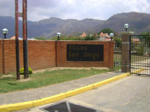 Terreno En Ventaen Municipio San Diego, Villas De San Diego, Venezuela, VE RAH: 17-5890