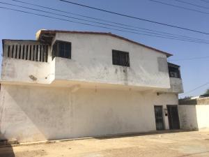 Apartamento En Venta En Punto Fijo, Bella Vista, Venezuela, VE RAH: 17-5232