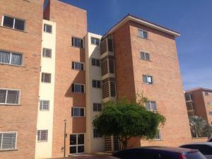 Apartamento En Venta En Punto Fijo, Casacoima, Venezuela, VE RAH: 17-5114