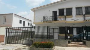 Casa En Venta En Valencia, Trigal Sur, Venezuela, VE RAH: 17-5893