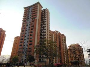 Apartamento En Venta En Valencia, Las Chimeneas, Venezuela, VE RAH: 17-5901