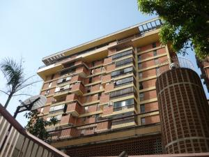 Apartamento En Venta En Caracas, San Bernardino, Venezuela, VE RAH: 17-5906