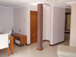 Casa En Venta En Maracay - La Morita Código FLEX: 17-5927 No.6