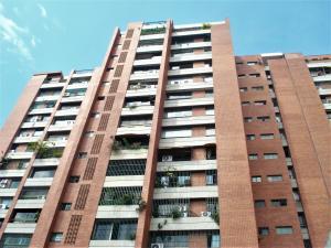 Apartamento En Venta En Caracas, Prado Humboldt, Venezuela, VE RAH: 17-5970