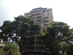 Apartamento En Venta En Caracas, San Bernardino, Venezuela, VE RAH: 17-6023
